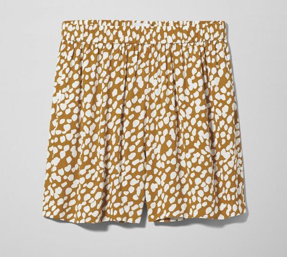 Shorts (kr 300, Weekday).