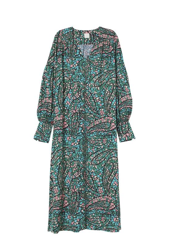 Grønn kjole (kr 400, H&M).