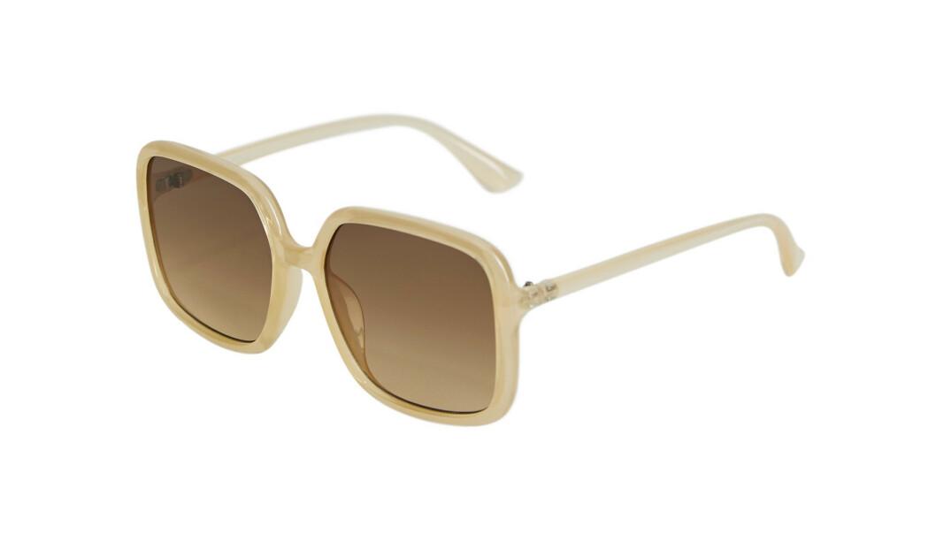 Store solbriller (kr 229, Mango).