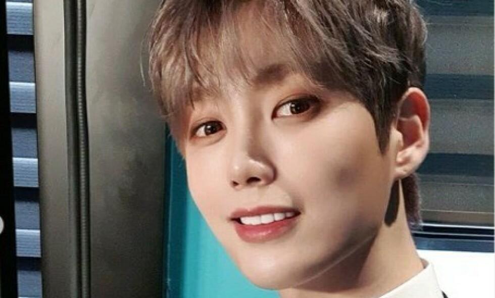 DØD: Den koreanske popstjerna Kim Jeong-Hwan, bedre kjent som Yohan, er død. Foto: Skjermdump Instagram