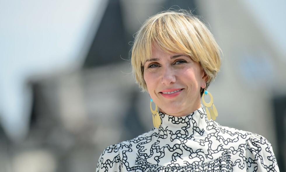 MAMMA: Skuespilleren Kristen Wiig (46) skal angivelig nylig ha blitt mamma til tvillinger, sammen med forloveden Avi Rothman. Foto: NTB Scanpix
