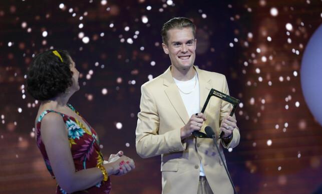 DOKUSÅPE: «Team Ingebrigtsen» vant for beste dokusåpe. Filip Ingebrigtsen tok imot prisen på vegne av programmet. Foto: NTB Scanpix
