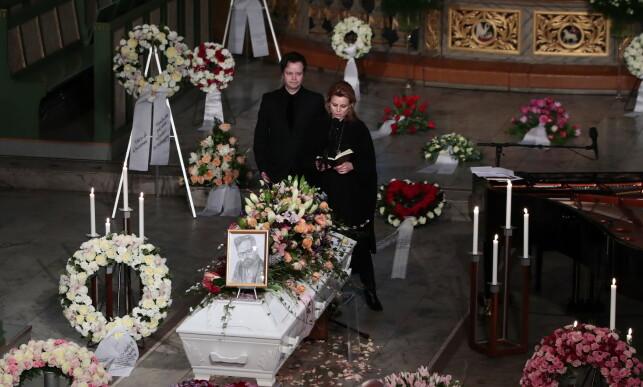 RØRENDE: Espen og Anja Bjørshol holdt en gripende tale i begravelsen til broren. Foto: NTB Scanpix