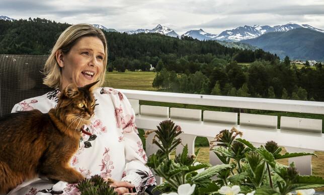 FERIE: Katten Legolas hentet familien på dyrebeskyttelsen - den er selvsagt også med på sommerferie. Foto: Hans Arne Vedlog / Dagbladet
