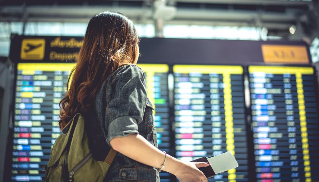 Advarer om flyreiser