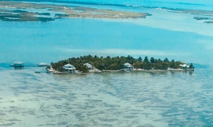 <strong>TROPEPARADIS:</strong> Cayo Espanto er en øy utenfor kysten av Belize i Det karibiske hav. Også her tilbys full utleie til privatpersoner - såfremt man kan bla opp pengene. Foto: Mike's Birds / Creative Commons