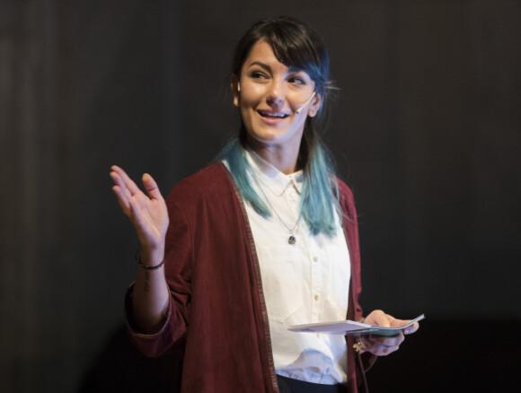 TATOVERINGER: Selda Ekiz' tatoveringer ble en liten utfordring for produksjonen under innspillingen av «Norsk-ish» som blir å se på NRK i september. Foto: NTB Scanpix