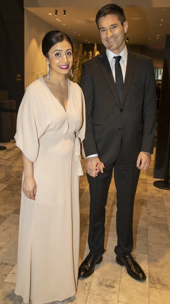 FORLOVET: Hadia Tajik og forloveden Kristian Skard under Arbeiderpartiets landsmøte i fjor.Foto: Espen Solli