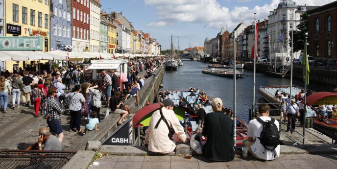 Danmark hastestenger grensen mot Sverige