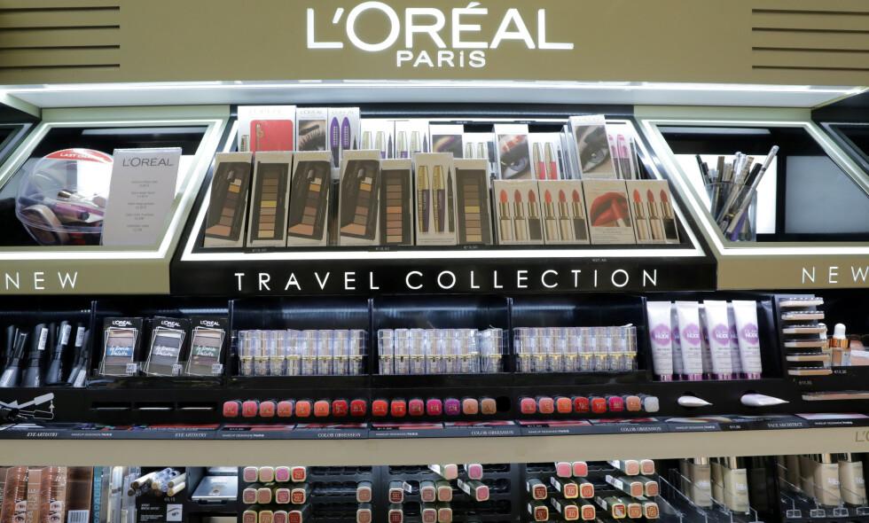 DROPPER ORD: Kosmetikkgiganten L'Oréal gjør endringer etter å ha fått kritikk for produkter som markedsføres som hudblekende. Foto: Eric Gaillard / File / Reuters