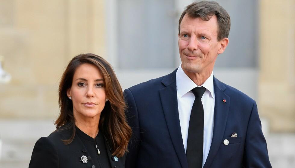 BRÅKET FORTSETTER: Siden nyheten om prins Joachims nye jobb som forsvarsattaché ble kjent tidligere denne måneden har flere gått hardt ut med sin misnøye rundt beslutningen. Nå er det nok en gang bråk rundt den danske prinsens jobb. Her avbildet med kona prinsesse Marie. Foto: NTB Scanpix
