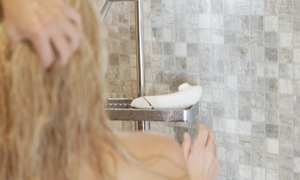 TÅLER VANN: Womanizer kan du fint ha med deg i både dusjen og badekaret. Dessuten er den helt stillegående.
