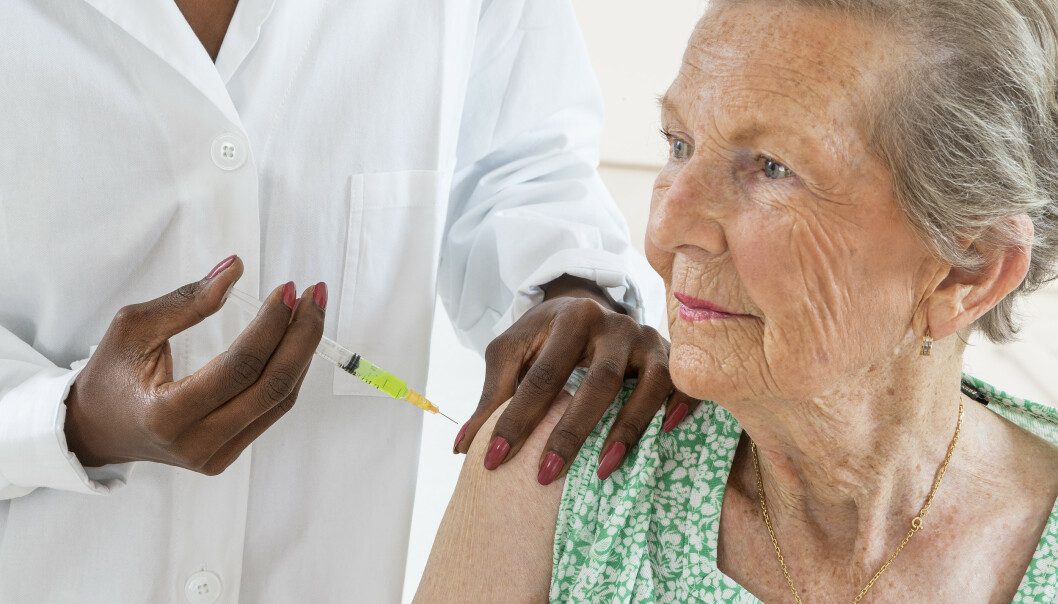 Folkehelseinstituttet forventer at ekstra mange ønsker å ta influensavaksine i år. De håper samtidig å innføre like tett oppfølging av voksnes vaksiner som barns. Illustrasjonsfoto: Shutterstock/NTB Scanpix