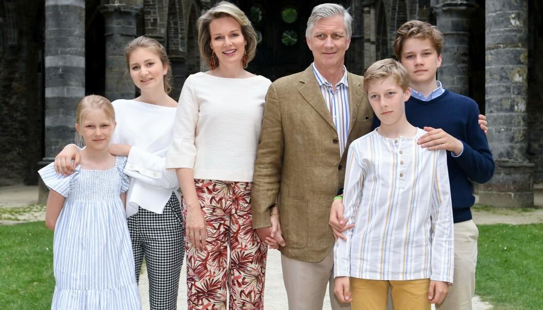 BEKLAGER: Kong Philippe av Belgia beklager overfor Kongo. Her er han fotografert sammen med prinsesse Elonore, kronprinsesse Elisabeth, dronning Mathilde, prins Emmanuel og prins Gabriel i 2018. Foto: NTB Scanpix