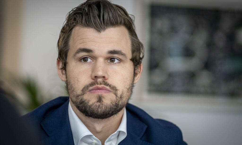 LOT KONKURRENT VINNE: Magnus Carlsen mente det var det eneste riktige. Foto: Heiko Junge / NTB scanpix