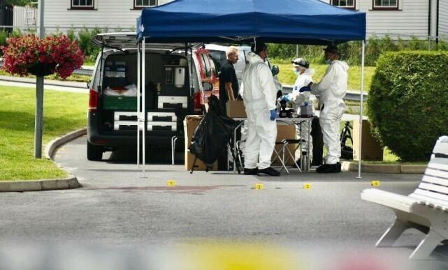 ÅSTEDET: Krimteknikere jobber på åstedet. Foto: Ralf Lofstad / Dagbladet