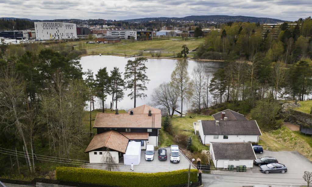 SLORAVEIEN 4: Tom Hagens bolig ligger i Sloraveien 4, rett ved Langvannet. I enden av vannet ligger sentrum av Lørenskog, med Metrosenteret og Lørenskog hus. Foto: Lars Eivind Bones / Dagbladet