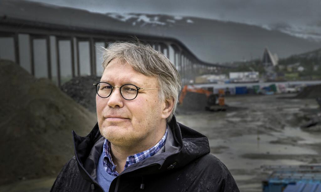 - ARBEIDERPARTIET FORVITRER: Skjalg Fjellheim er ikke imponert over dagens Arbeiderparti. - Partiet er på vei til å forvitre, sier Fjellheim. Foto: Henning Lillegård / Dagbladet