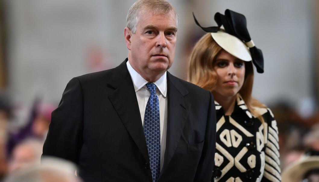 NEKTER: Det er lenge blitt hevdet at prins Andrew stiller seg motvillig til å hjelpe i Epstein-etterforskningen. Det mener han selv at er tøv. Foto: NTB Scanpix