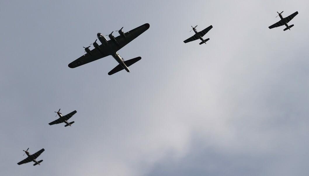 <strong>SHOW:</strong> Fly fra 2. verdenskrig flyr over Washington. Foto: Win McNamee/Getty Images/AFP