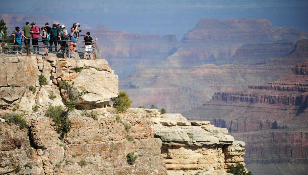 MATHER POINT: Det er fra dette populære utsiktspunktet at den 59 år gamle kvinnen skal ha falt. Foto: Alex Milan Tracy / rex / NTB scanpix