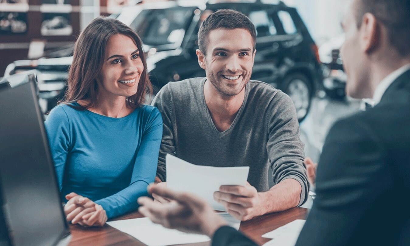 Du kan spare mye på å sjekke renten på billånet ditt. Vi hjelper deg gjerne med å se om du kan få en bedre rente i en annen bank.