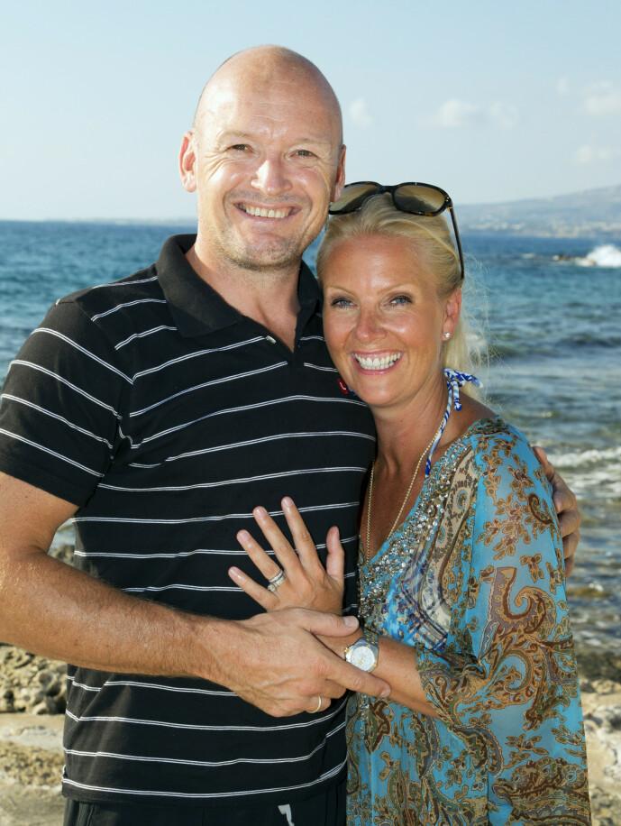GIFT: «Finken» var gift med Trine-Lise Jagge. I løpet av ekteskapet fikk de to barn, datteren Otilie og sønnen Finkus. Her er ekteparet fotografert sammen i 2010. Foto: Morten Eik/ Se og Hør