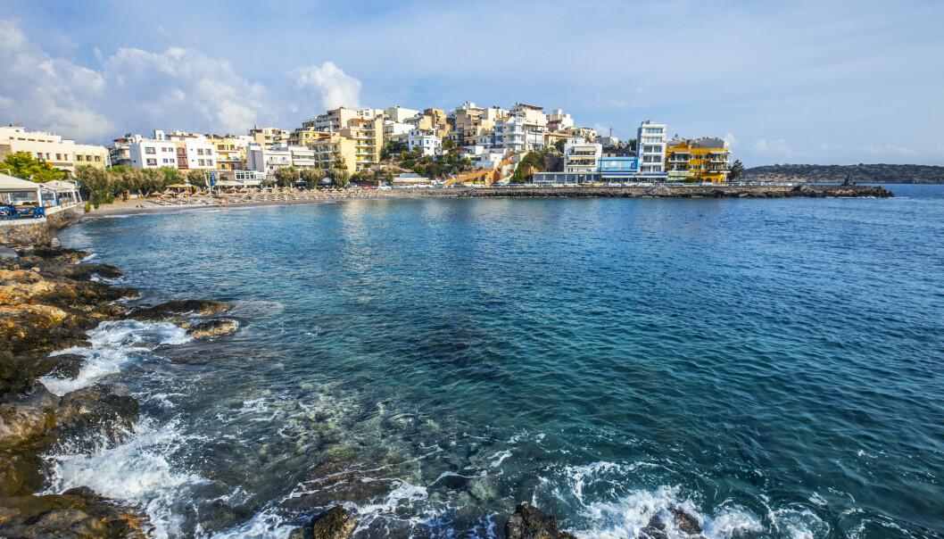 Her på Agios Nikolaos, øst på Kreta i Hellas, kan nordmenn få dra fra 15. juli dersom myndighetene mener smittesituasjonen i landet er tilfredsstillende. Illustrasjonsfoto: Halvard Alvik / NTB scanpix