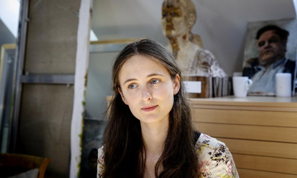 TOK SAKEN I EGNE HENDER: Regissør Aftur Spildo Nerdrum vokste opp med stykket «Immanuel Kants siste dager». I fjor bestemte hun seg for å sette det opp. Foto: Nina Hansen