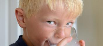Bør barn virkelig drikke kumelk?