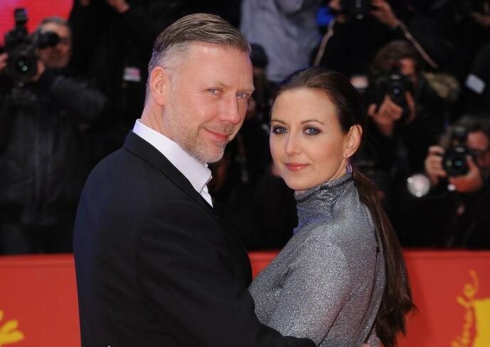 STJERNEPAR: Mikael Persbrandt og Sanna Lundell har holdt sammen i 15 år. Foto: NTB Scanpix