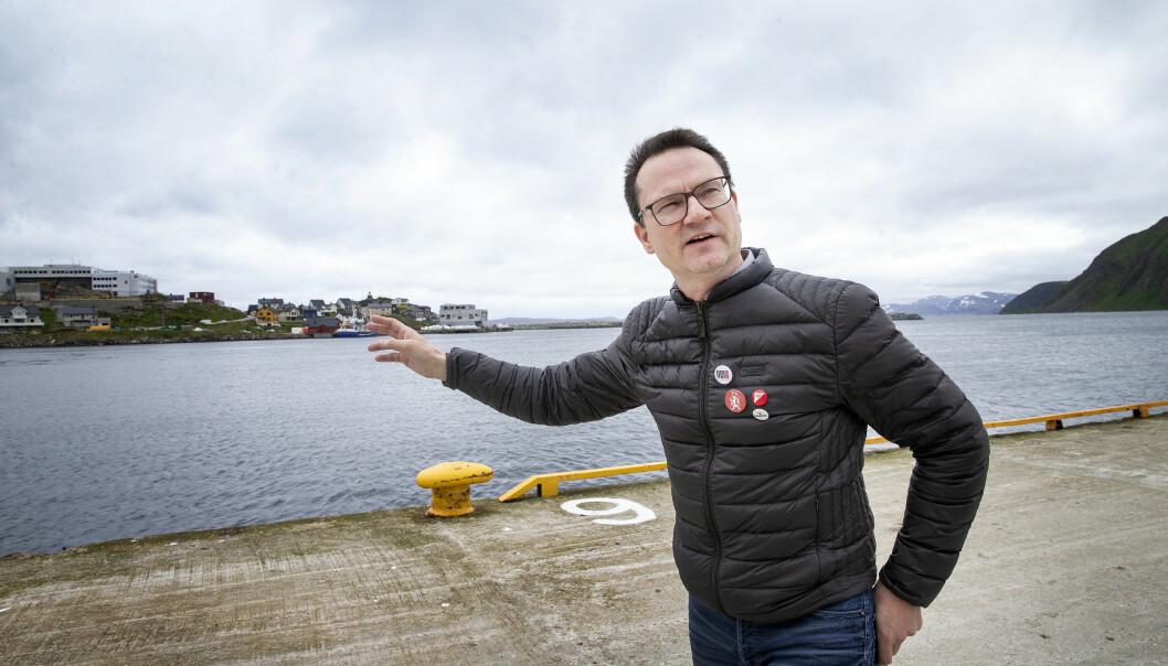 <strong>INGEN BÅTER:</strong> - I turistsesongen kommer det flere båter om dagen til Honningsvåg. Etter coronaen, har besøkene blitt kansellert, forteller ordfører Jan Olsen i Nordkapp kommune. Foto: Henning Lillegård / Dagbladet