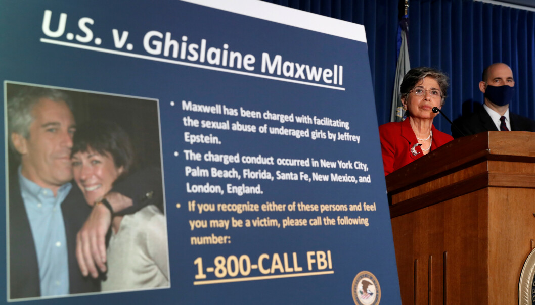 SIKTET: Statsadvokat Audrey Strauss avbildet under en pressekonferanse om siktelsene mot Ghislaine Maxwell. Foto Lucas Jackson / Reuters / NTB Scanpix