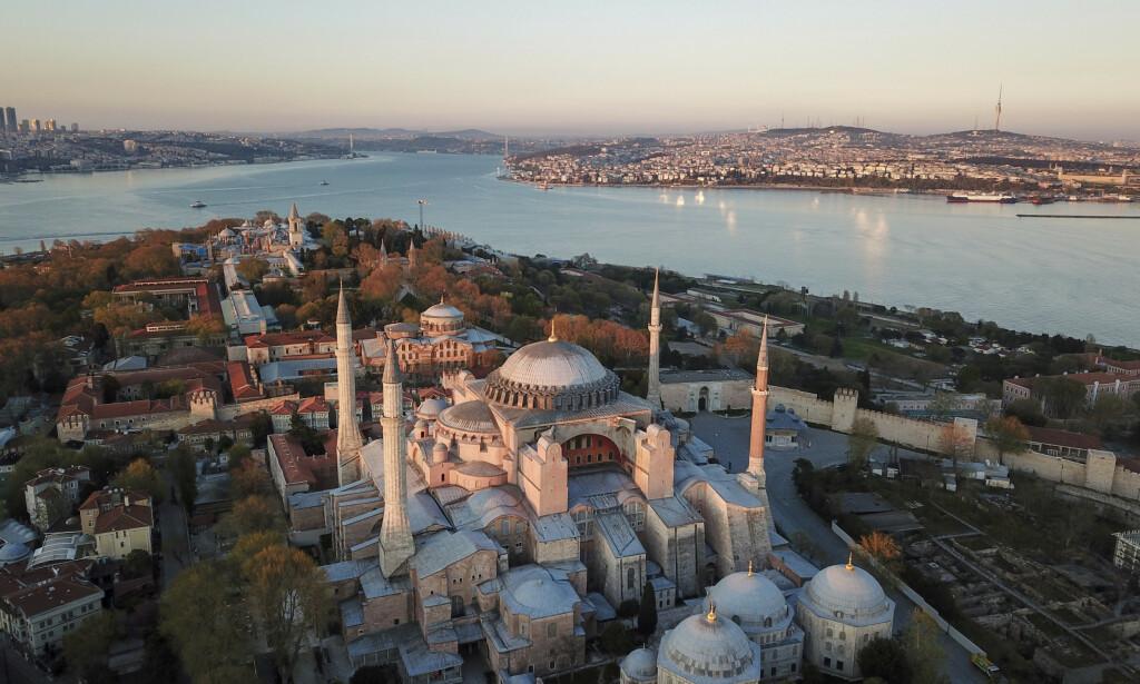 I Tyrkia banes veien for å omgjøre Hagia Sofia i Istanbul til moské. Foto: AP / NTB scanpix