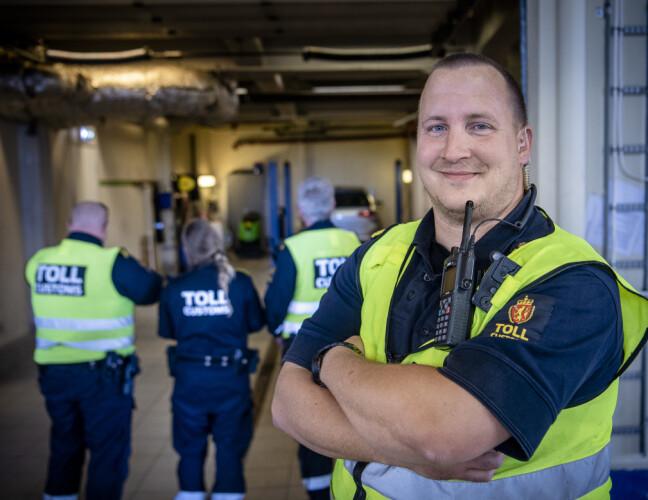 TOLLINSPEKTØR: Atle Tveit er førstetollinspektør på Kristiansand tollsted. Foto: Lars Eivind Bones / Dagbladet.