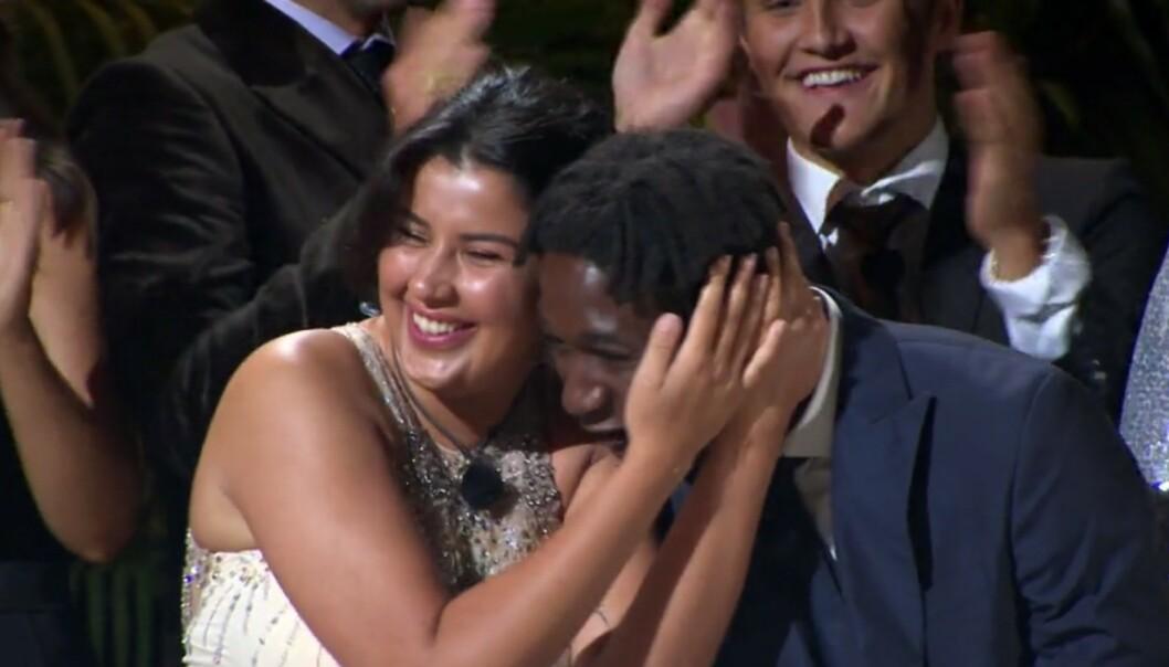 HURRA: Yasmine San Miguel Moussaoui og Karl Fredrik Førli ble årets vinnere av realityserien. Foto: TV3