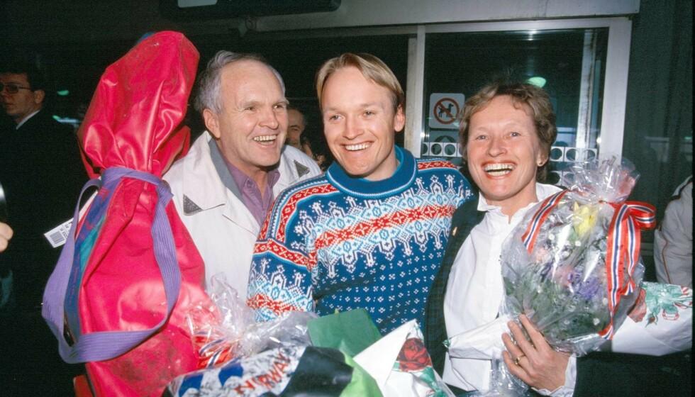 NYTT INTERVJU: Liv Jagge-Christiansen åpner opp om sønnens død i denne ukens utgave av Se og Hør. Her er «Finken» sammen med moren og faren Finn Dag i 1992. Foto: NTB Scanpix