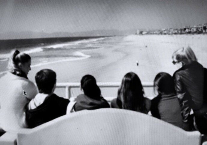 GJENGEN: Lea Michele delte dette bildet av kollegaene fra serien. Foto: Skjermdump Instagram