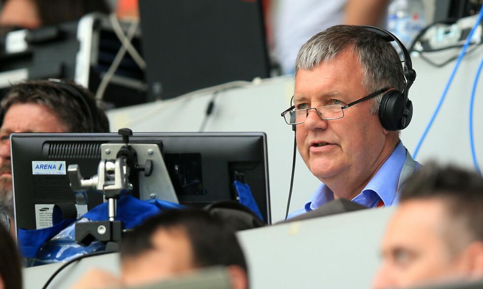RYSTET: Clive Tyldesley har vært hovedkommentator for ITV siden 1998. Nå er jobben gitt til en annen. Foto: NTB scanpix