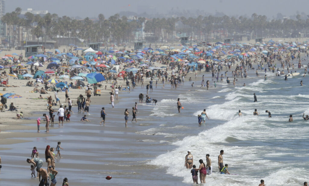 image: Los Angeles trues med «den store røde knappen»
