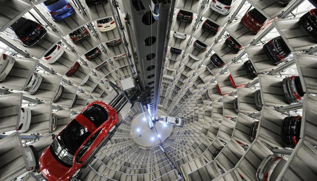 <strong>KRAFTIG FALL:</strong> I løpet av første halvår har det europeiske bilsalget falt med nærmere 40 prosent. Illustrasjonsfoto: Fabian Bimmer / Reuters / NTB Scanpix