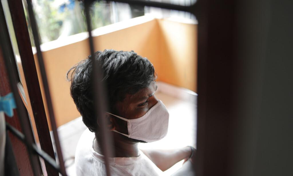 SUPERSMITTER: 33 år gamle Prasad Denish beskyldes for å være Sri Lankas supersmitter. Selv mener han det er fordi han er rusmisbruker. Foto: Eranga Jayawardena / AP / NTB Scanpix