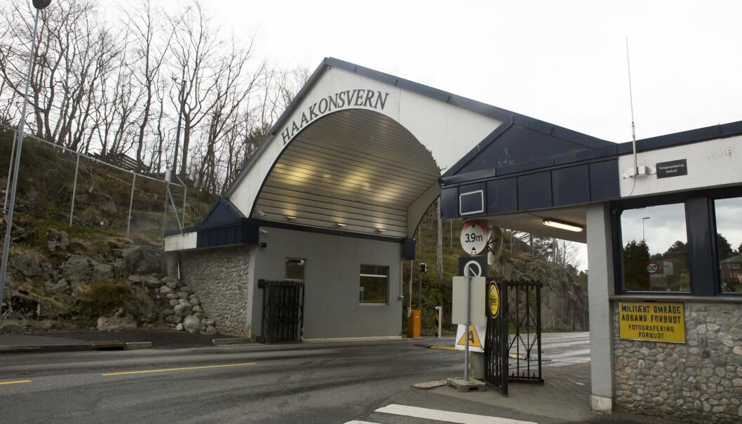 SMITTE: Den smittede er tilknyttet sjøforsvarets hovedbase Haakonsvern i Bergen. Foto: Torstein Bøe / NTB scanpix