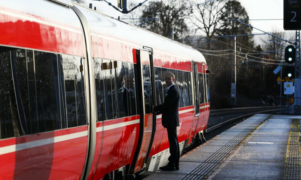 Jåttå jernbanestasjon: Sørtoget som driftes av Go-Ahead. Foto: Jan Kåre Ness / NTB scanpix