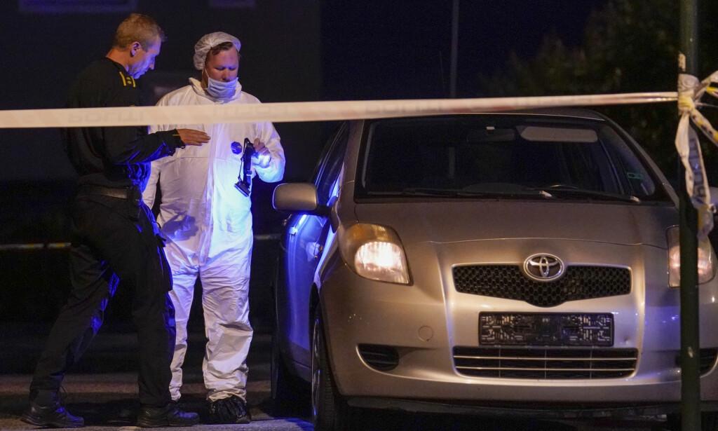DREPT: Marianne Haugen (54) ble angrepet med kniv da hun satt i denne bilen og ventet på en slekning som kom med bussen. Foto: Fredrik Hagen / NTB scanpix