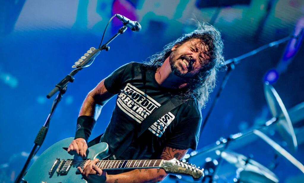 LÆRERNES MANN: Rockestjerne Dave Grohl vil forsvare lærerne mot coronasmitte. Foto: @Matteo Scalet/Pacific Press/Shutterstock