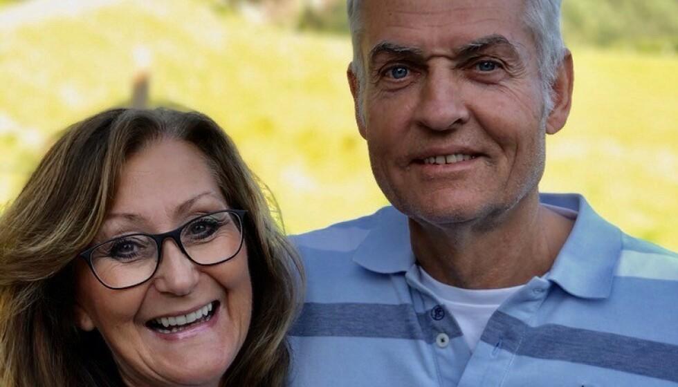 <strong>ALDRI FOR SENT:</strong> Anne Lise Haavold (59) og Hans Anders Theisen (62) mener det aldri er for sent å studere, men understreker at motivasjon er viktig. Foto: Privat