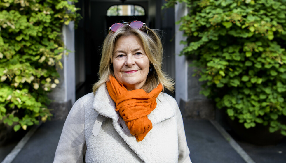 <strong>- HALLO I LUKEN:</strong> Elisabeth «Bettan» Andreassen har bodd på Frogner i flere år. Her er hun fotografert utenfor leiligheten sin, før de elektriske sparkesyklene invaderte byen. Nå tar hun et oppgjør med det hun mener er dårlig oppdragelse og manglende politisk vilje. Foto: Lars Eivind Bones / Dagbladet