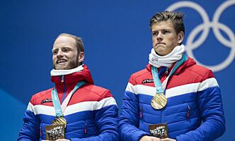 <strong>SAVNES AV ALLROUNDGUTTA:</strong> Martin Johnsrud Sundby og Johannes Høsflot Klæbo.Foto: Lise Åserud / NTB scanpix