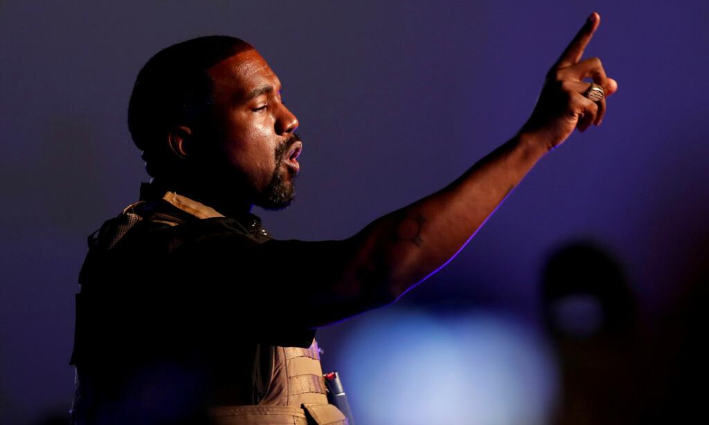 UTEN ALBUM: Kanye West lovet nytt album fredag. Det er ikke å finne noe sted. Foto: Reuters / NTB Scanpix